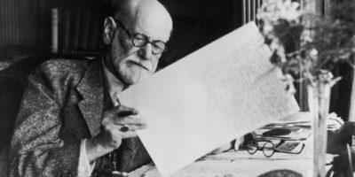 Ние не се избираме случайно един друг. Ние срещаме само тези, които вече съществуват в нашето подсъзнание – Фройд