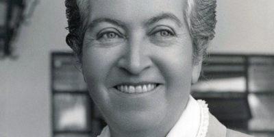 Габриела Мистрал – Образованието е може би най-висшата форма на търсене на Бог