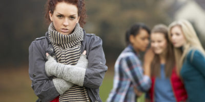 Манипулирането и емоционалното насилие, което често получаваме от най-близкото си обкръжение