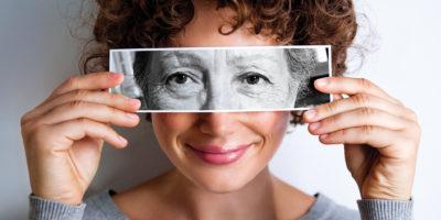 Ако в различните възрасти мислим различно, различни личности ли сме? Научно изследване