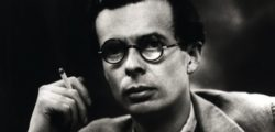 Олдъс Хъксли – Човек не може да консумира много, ако си седи мирно и си чете книжки
