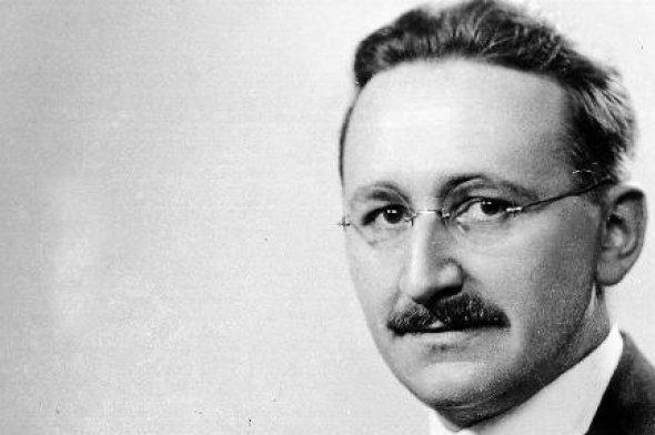 """Фридрих Хайек – Колкото повече държавата """"планира"""", толкова по-трудно става за отделния човек да прави собствени планове"""