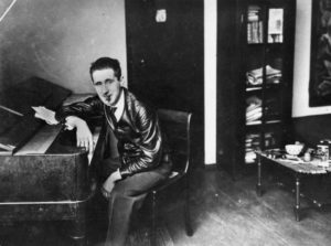 """Playwright Bertolt Brecht, a European immigrant to the U.S., poses in this undated handout photo released to the media on Monday, Oct. 6, 2008. Peter Rosen's documentary """"Shadows in Paradise,"""" which airs on New York's PBS station Thirteen/WNET on Oct. 9 at 10 p.m., chronicles the diaspora of intellectual artists driven from Hitler's Nazi Germany to new residences in the United States at the onset of World War II. Source: Peter Rosen Productions via Bloomberg News EDITOR'S NOTE: NO SALES. EDITORIAL USE ONLY WITH PREVIEW/REVIEW OF DOCUMENTARY."""