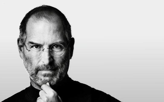 Най-голямото съкровище е любовта – на семейството ви, на близките, на любимия човек, на приятелите, на децата – Последните думи на Стив Джобс