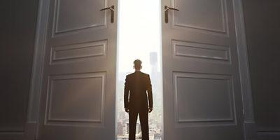 (Не)случайни срещи – притча за пропуснатите възможности