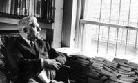 """Шест великолепни поеми на Еудженио Монтале – """"За да намерим, щастие, към теб пролука, човек би трябвало по острие да тича"""""""