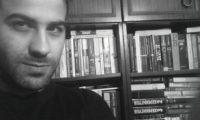 """""""Прелестни наивници"""" – поезия от Винченцо Капа"""