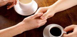 """""""Висящо кафе"""" – една човечна традиция от Неапол"""