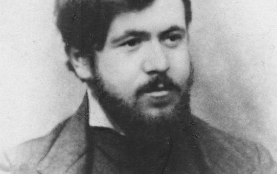 """132 години от рождението на Димчо Дебелянов – """"Да се завърнеш в бащината къща, когато вечерта смирено гасне и тихи пазви тиха нощ разгръща"""""""