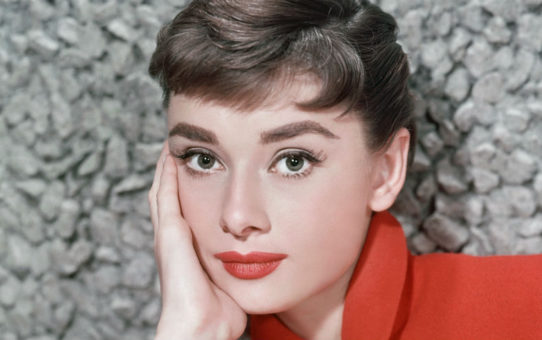 """91 години от рождението на Одри Хепбърн. """"Най-важното нещо е да се наслаждавате на живота си и да бъдете щастливи – само това има значение"""""""