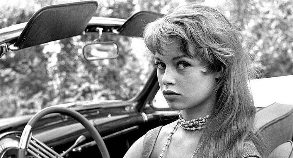 https://magnifisonz.com/wp-content/uploads/2018/09/Brigitte-Bardot.jpg