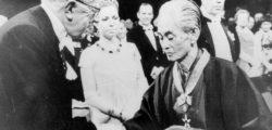 Ясунари Кавабата – Лунатиците нямат възраст. Ако бяхме луди, ти и аз, можехме да сме доста по-млади