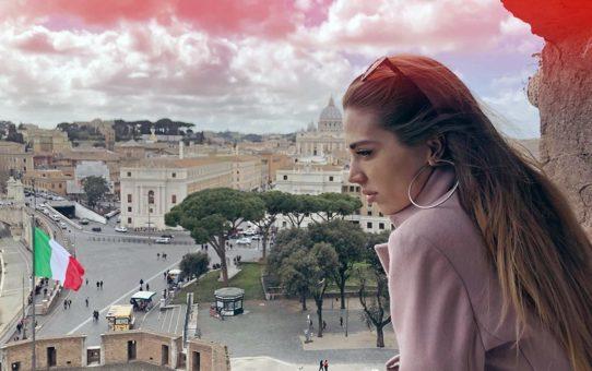 "Тя има очи на опитомена лъвица … ""На Александрина"" – Винченцо Капа (поема)"