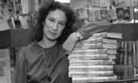 Маргарет Атууд – Когато красива жена се появи на вратата, здравият разум излиза през прозореца